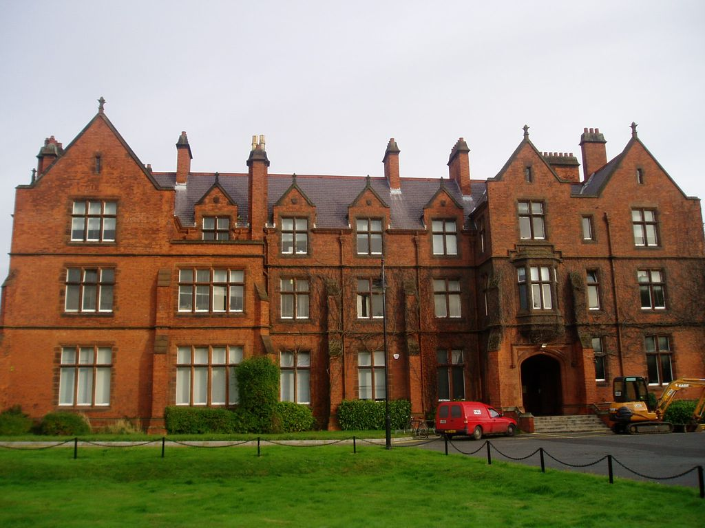QUB Riddle Hall